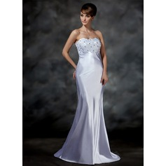 Trumpet/Mermaid Sweetheart Sweep Train Charmeuse Wedding Dress With Lace Beading