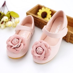Fille de bout rond similicuir talon plat Chaussures plates Chaussures de fille de fleur avec Velcro Une fleur