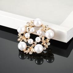 En forme de fleur Alliage Strass De faux pearl avec Perle d'imitation Dames Broches de mode (Vendu dans une seule pièce)