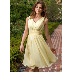 Chiffon V-neck Knee-length A-Line Bridesmaid Dress (007027162)