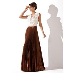 Трапеция/Принцесса V-образный Длина до пола шифон Шармёз Платье Для Матери Невесты с Ниспадающие оборки Плиссированный