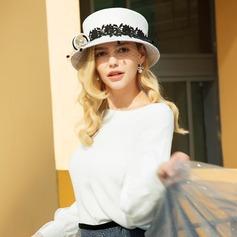 Señoras' Maravilloso/Estilo clásico/Elegante Madera con Tul Bombín / cloché Sombrero