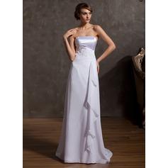 Forme Princesse Sans bretelle alayage/Pinceau train Mousseline Robe de mariée avec Motifs appliqués Dentelle Robe à volants
