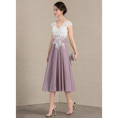 A-Line/Princess V-neck Tea-Length Chiffon Lace Mother of the Bride Dress (008143390)