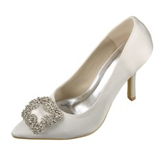 Vrouwen Satijn Stiletto Heel Closed Toe Pumps met Strass (047070622)