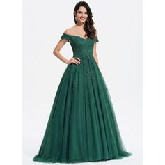 Ball-Gown/Princess V-neck Sweep Train Tulle Evening Dress With Lace (017196074)