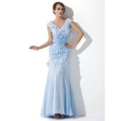 Trumpet/Sjöjungfru V-ringning Golvlång Paljetterad Aftonklänning med Pärlbrodering Blomma (or) Svallande Krås