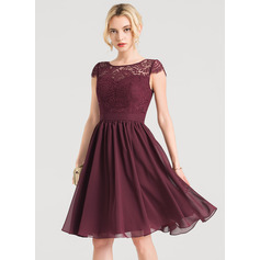 A-Line/Princess Scoop Neck Knee-Length Chiffon Homecoming Dress (022157221)