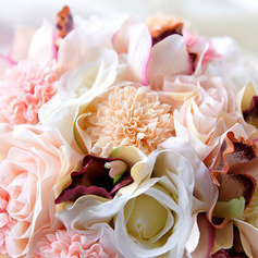 Pretty Round Silk Flower Bridal Bouquets (Sold in a single piece) -