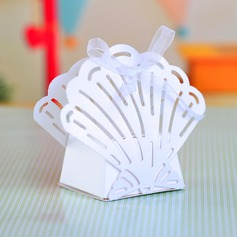 Sweet Scalloped Favor Boxes With Ribbons (Set of 12)