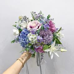 Élégante Forme libre Fleur en soie Bouquets de mariée -
