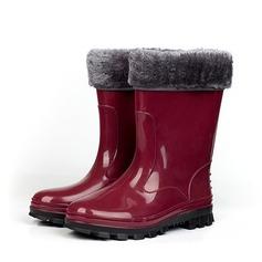 Kvinnor PVC Flat Heel Stövlar Halva Vaden Stövlar Gummistövlar med Andra skor