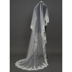 Uma camada Véus de noivas capela com Borda com aplicação de renda