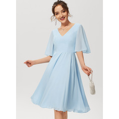 A-Line V-neck Knee-Length Chiffon Cocktail Dress (016230172)