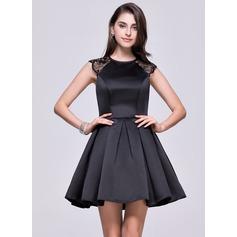 Vestidos princesa/ Formato A Decote redondo Curto/Mini Cetim Vestido de boas vindas com Renda