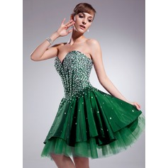 A-Line/Princess Sweetheart Knee-Length Taffeta Homecoming Dress With Beading