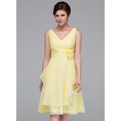 A-Line/Princess V-neck Knee-Length Chiffon Bridesmaid Dress With Flower(s) Cascading Ruffles