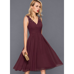 A-Line V-neck Knee-Length Chiffon Cocktail Dress With Ruffle (016140364)