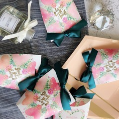 Creative/Simple/Pretty Floral Theme Handbag shaped Card Paper Favor Bags With Ribbons