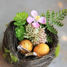 Bird Nest Twig Ring Holder With Artifical Plants