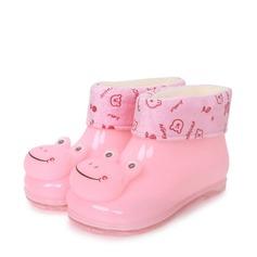 Unisex Leatherette Flat Heel Round Toe Boots With Animal Print