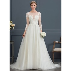 Ball-Gown/Princess Scoop Neck Court Train Tulle Wedding Dress