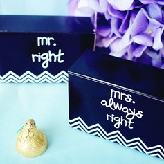"""Mr. & Mrs."" Wedding Favor Box (Set of 12)"