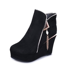 Frauen Veloursleder Keil Absatz Absatzschuhe Plateauschuh Geschlossene Zehe Keile Stiefel Stiefelette mit Reißverschluss Quaste Schuhe