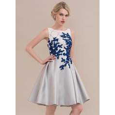 A-Line/Princess Scoop Neck Knee-Length Satin Homecoming Dress (022126694)