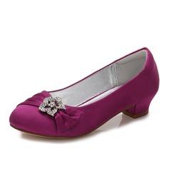 Pigens Round Toe Lukket Tå Mary Jane Silk Ligesom Satin lav Hæl Flower Girl Shoes med Rhinsten Ruched (207202102)