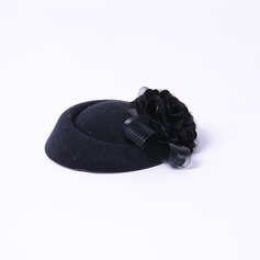 Elegante Flor de seda Fascinators