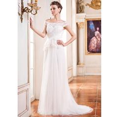 A-linjeformat Off-shoulder Ringning Court släp Tyll Bröllopsklänning med Pärlbrodering Blomma (or) Paljetter