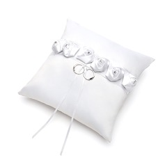 Elegant Rose Ring Pillow in Satin With Rhinestones