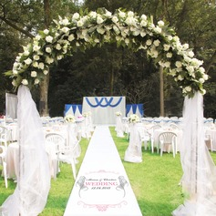 Personalized Feather Print Cloth Aisle Runners