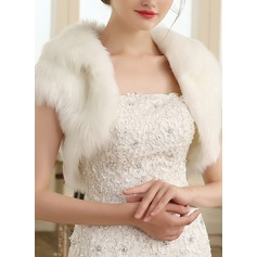 Faux Fur Wedding Wrap (013149903)