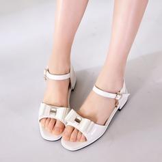 A menina de imitação de couro Heel plana Peep toe Sandálias com Bowknot Velcro