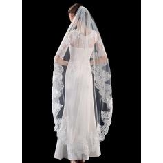 One-tier Lace Applique Edge Waltz Bridal Veils With Lace (006201032)