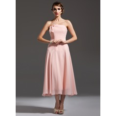 A-Line/Princess Strapless Tea-Length Chiffon Bridesmaid Dress With Bow(s)