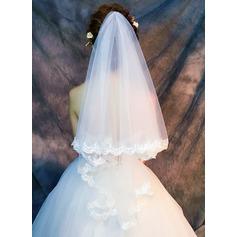 One-tier Lace Applique Edge Fingertip Bridal Veils With Lace (006121688)