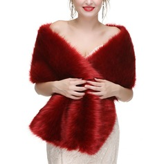 Faux Fur Wedding Wrap (013187099)