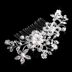 Flower Shaped Rhinestone/Alloy/Imitation Pearls Combs & Barrettes