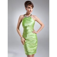 Jacka Rund-urringning Knälång Charmeuse Cocktailklänning med Rufsar Pärlbrodering