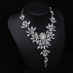 Exquisite Alloy Gold Plated With Rhinestone Ladies' Fashion Necklace