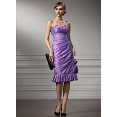 Sheath/Column Sweetheart Knee-Length Taffeta Cocktail Dress With Ruffle
