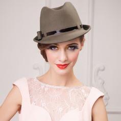 Señoras' Glamorosa Verano/Invierno Madera con Bombín / cloché Sombrero