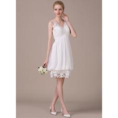 Vestidos princesa/ Formato A Decote V Coquetel De chiffon Renda Vestido de noiva com Pregueado