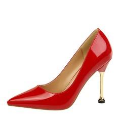 Kvinnor Lackskinn Stilettklack Pumps Stängt Toe med Andra skor