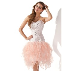 A-Line/Princess Sweetheart Knee-Length Organza Homecoming Dress With Beading Cascading Ruffles