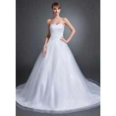 Ball-Gown Sweetheart Chapel Train Tulle Wedding Dress With Lace Beading