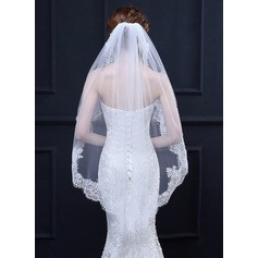 One-tier Lace Applique Edge Waltz Bridal Veils With Lace (006164705)